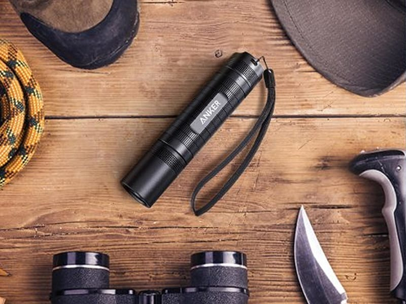 Best AAA Flashlight - Anker Bolder LC40