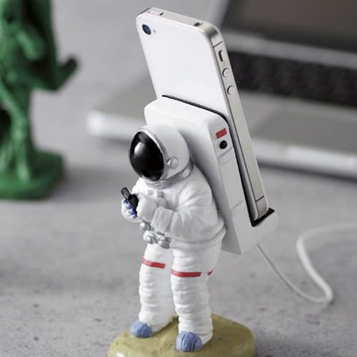 Astronaut Smartphone Stand - Fun Things To Put In Your Room